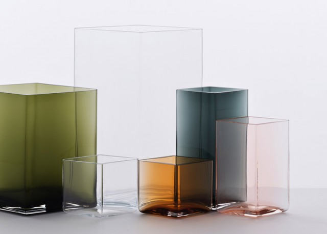 Ruutu-vases-by-Bouroullec-brothers-for-Iittala_dezeen_784_4