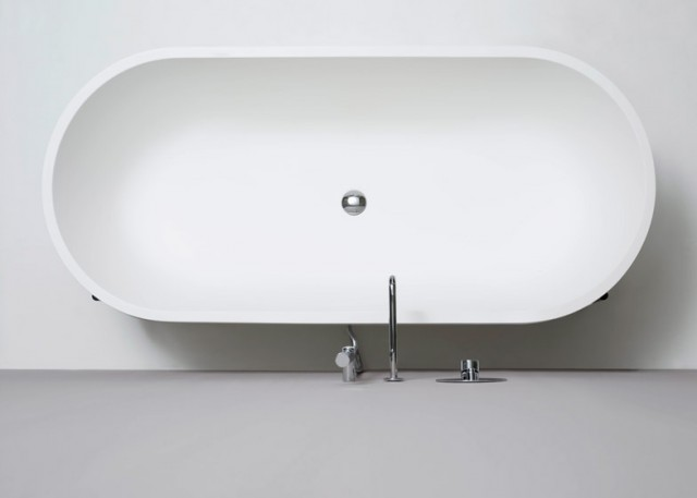 Stand-bathtub-by-Norm-Architects-for-Ex-t_dezeen_784_2
