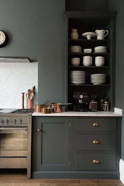 Devol Kitchen – nu väljer vi ett kök i mörk kulör!