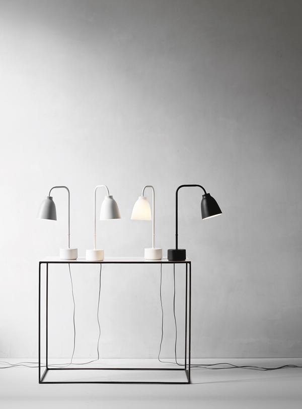 caravaggio-read-table-installation-27839