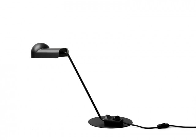 joe-colombo-design-furniture-lighting-glassware-karakter_dezeen_1568_10