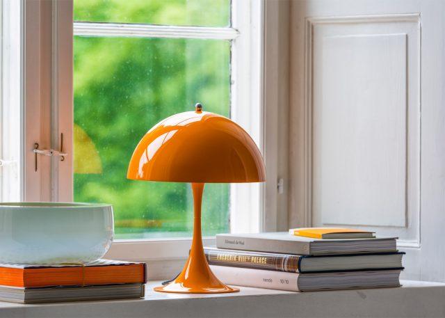 panthella-mini-verner-panton-louis-poulsen-lamp-lighting-design-furniture_dezeen_1568_0
