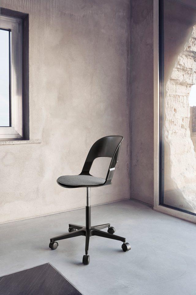 Fritz Hansen – New Pair Chair
