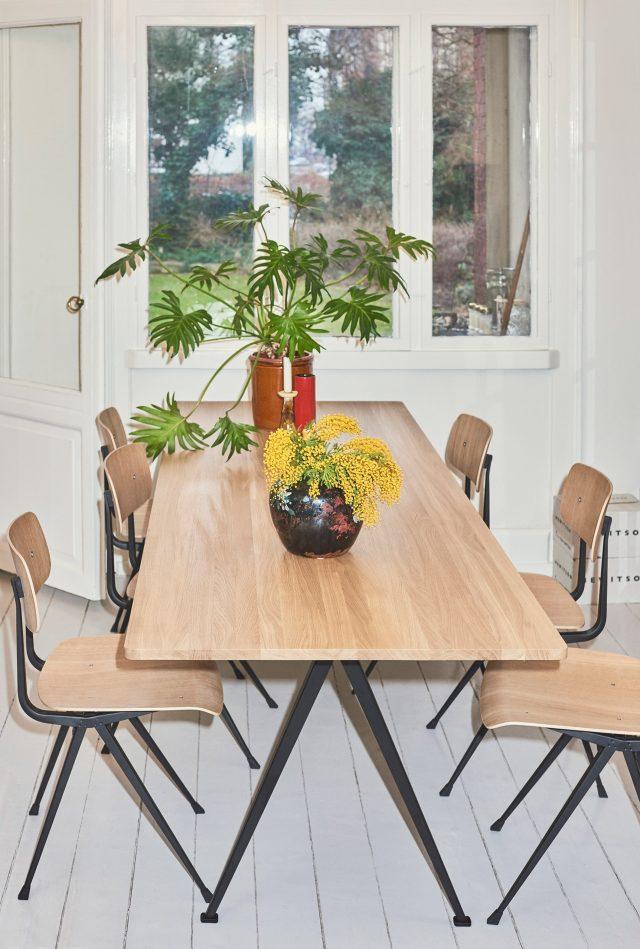 hay-result-chair-pyramid-table-ahrend-friso-kramer-wim-rietveld-stockholm-design-week_dezeen_2364_col_31