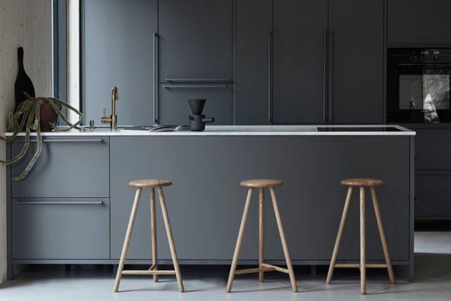 studio-kaksikko-stockholm-furniture-fair-designboom-009