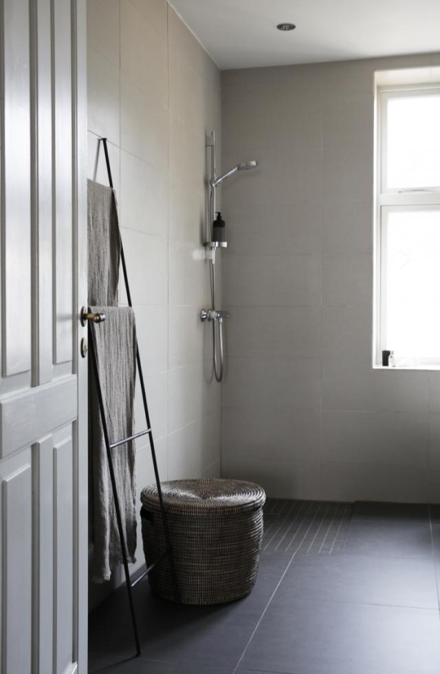 Elisabeth_Heier_bathroom-740x1132