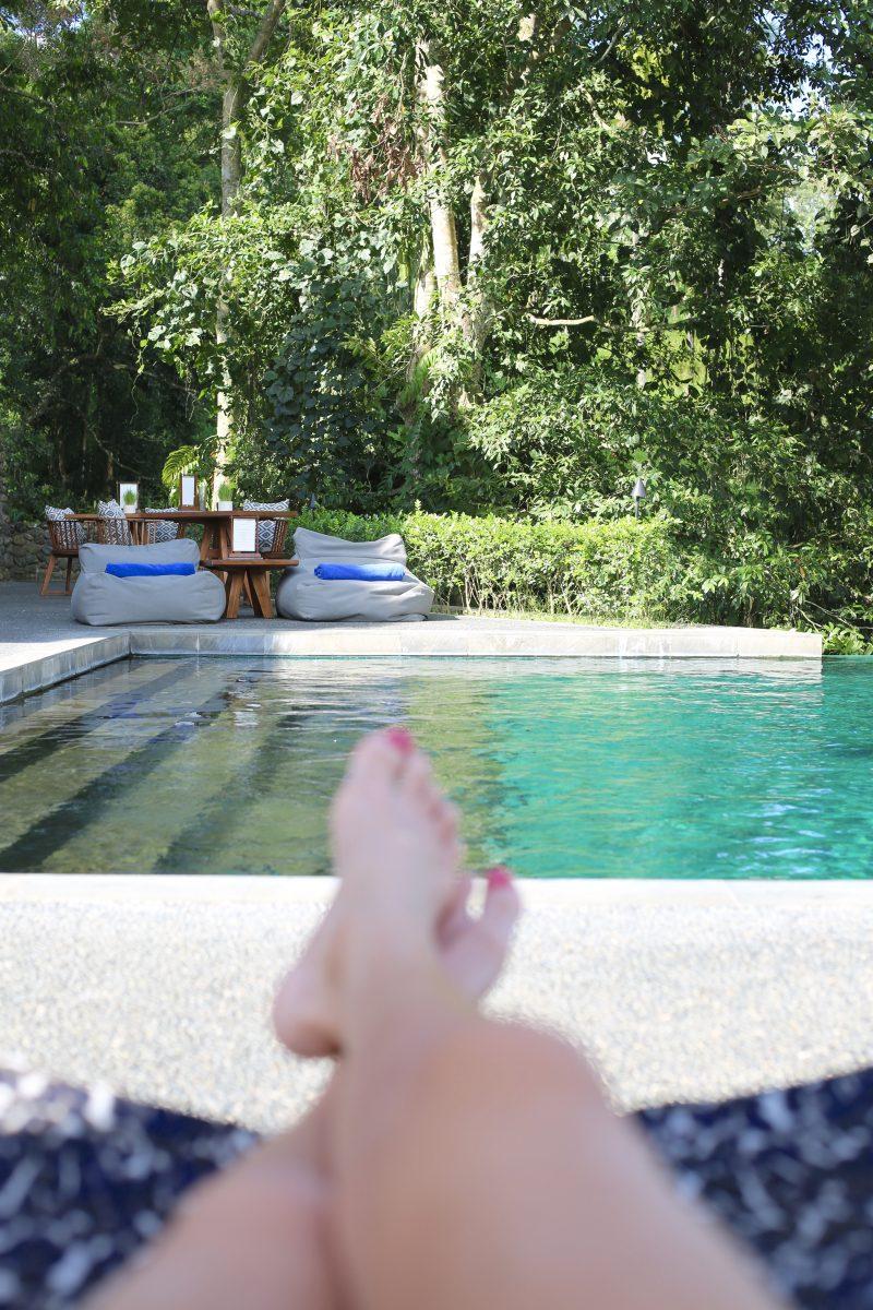 Pool Side här på Alila Ubud
