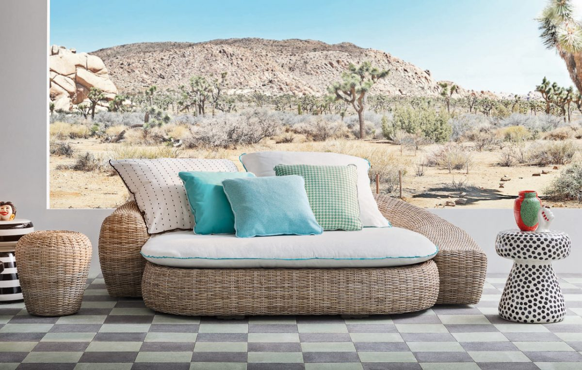 InOut by Paola Navone