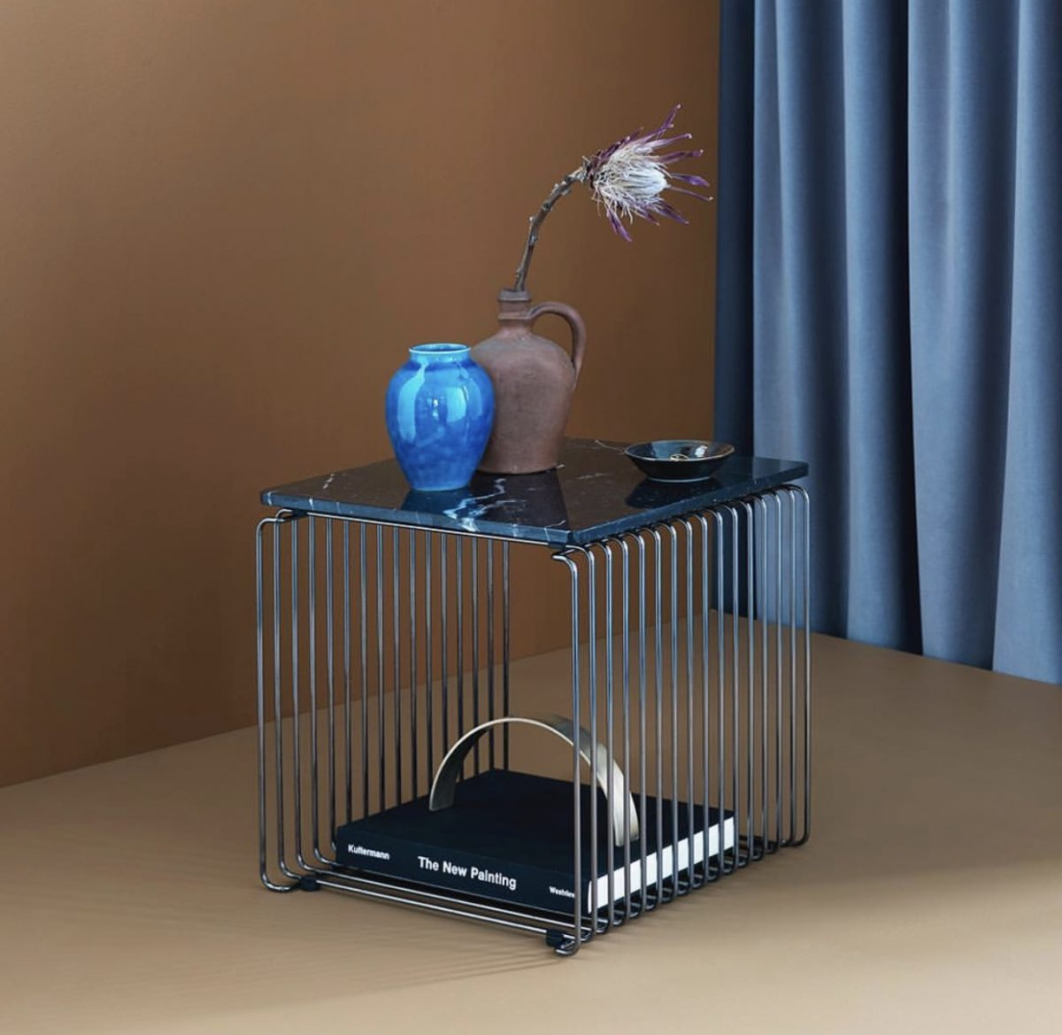 Panton Wire Dark Chrome