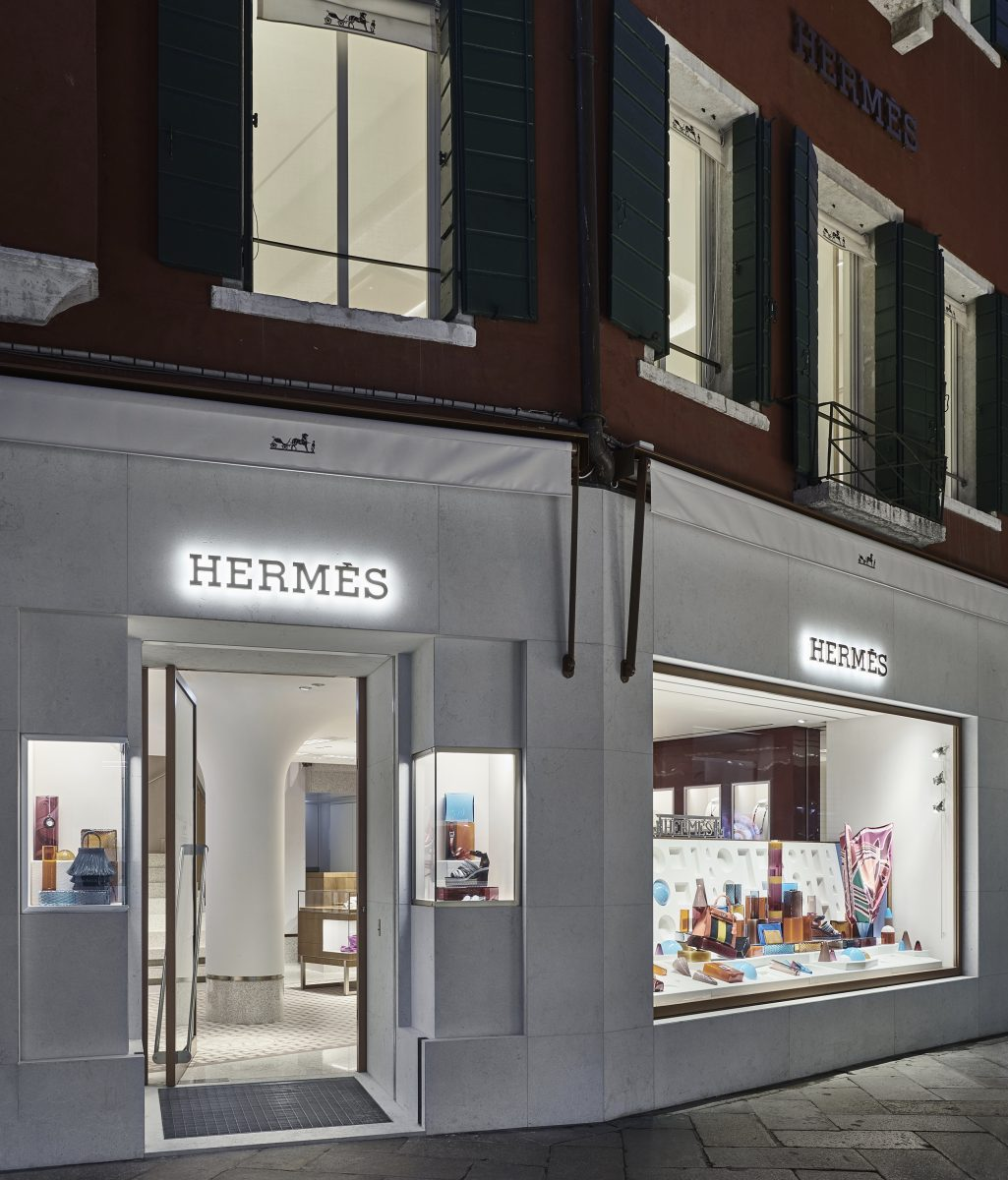 Hermes Display by Luca Nichetto