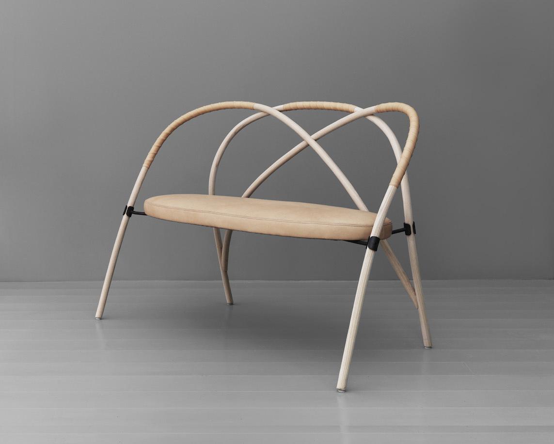 bow-sofa