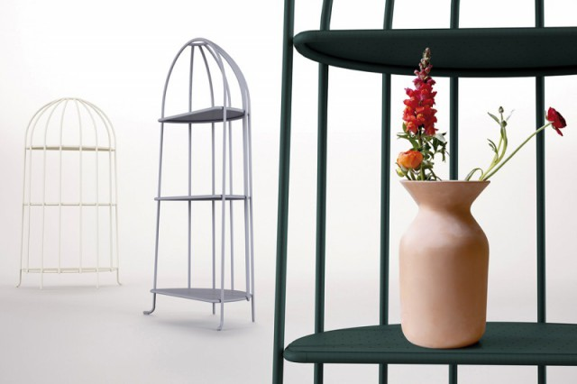 Gardenias_Shelving-800x533