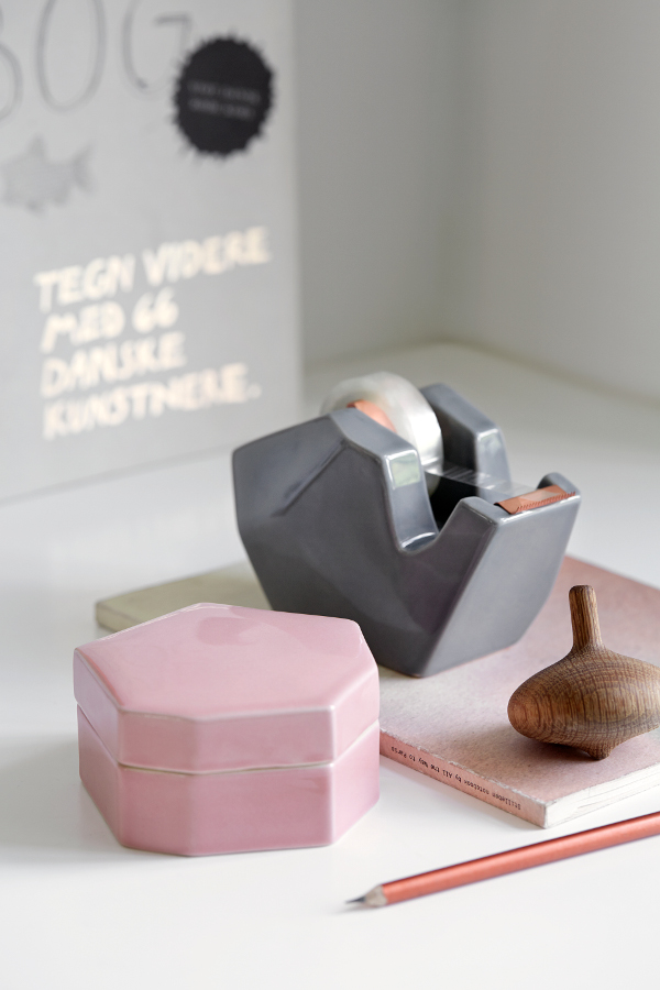 Officina-Storage-Jar-and-Tape-Dispenser