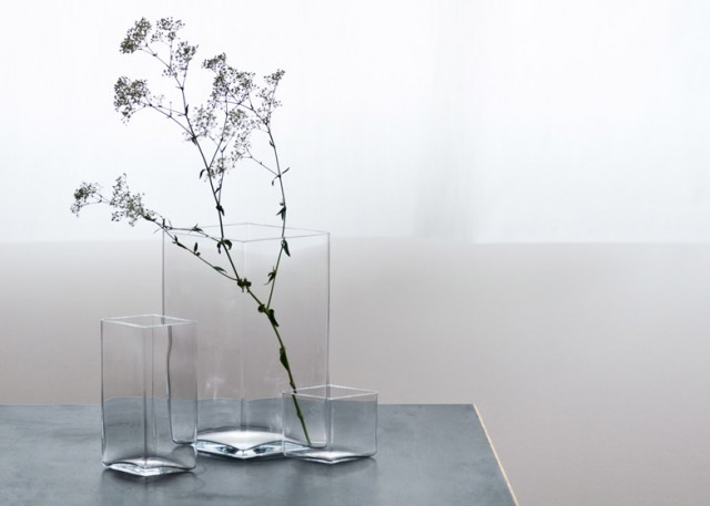 Ruutu-vases-by-Bouroullec-brothers-for-Iittala_dezeen_784_10