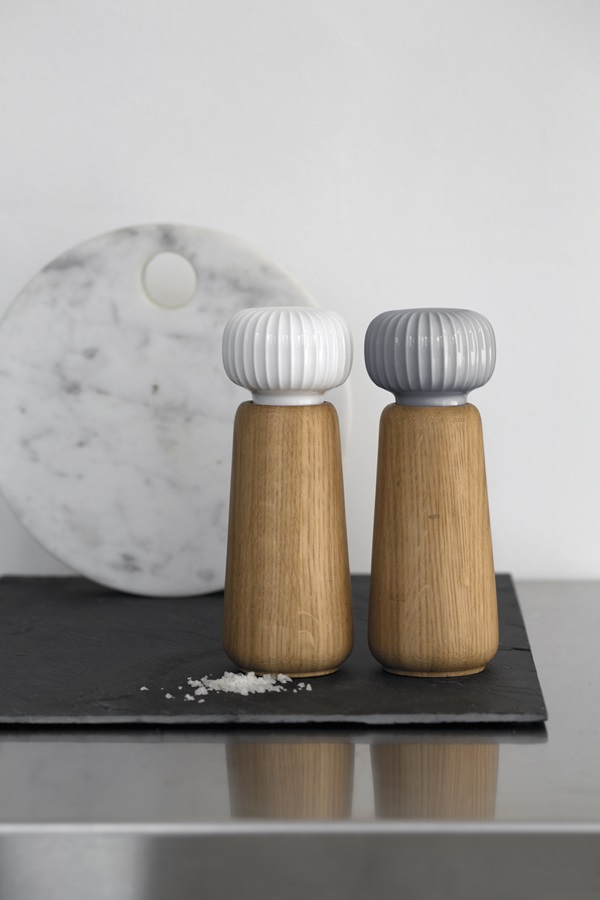 Hammershøi-Grinders-White-and-Marble1