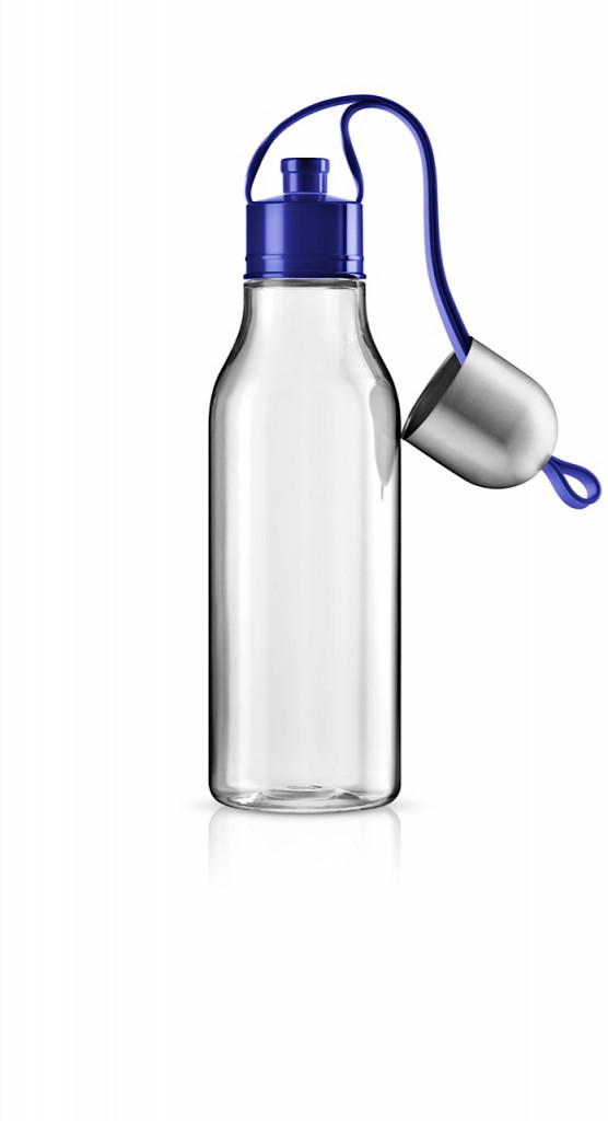 Sports drinking bottle 0,7l Electric blue Spout down strap no water 503000