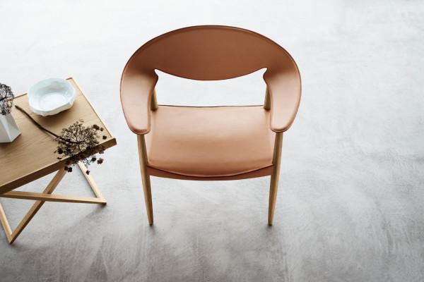 Metropolitan-Chair-LM92-Carl-Hansen-4-600x400