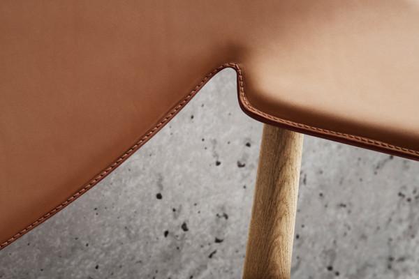 Metropolitan-Chair-LM92-Carl-Hansen-5-600x400