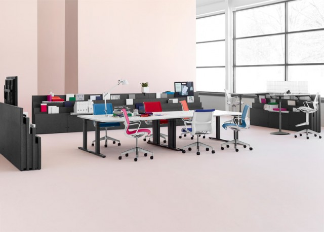 Herman-Miller_Metaform-Portfolio-system_office-furniture_dezeen_784_6