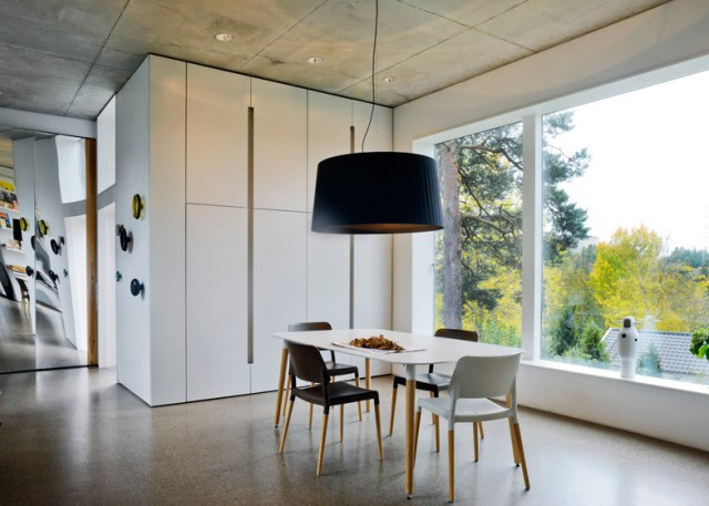Villa-Altona-by-The-Common-Office_dezeen_784_6