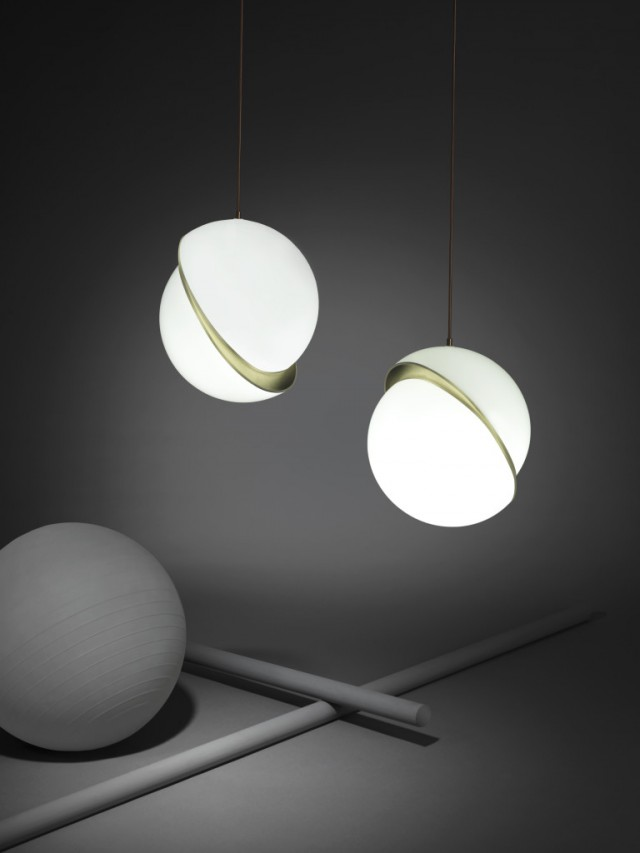 Crescent-Light-lifestyle-768x1024