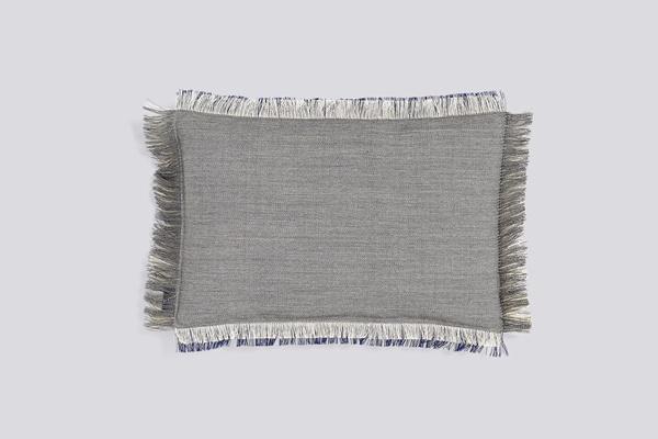 Fray-Cushion-45x30-denim-01