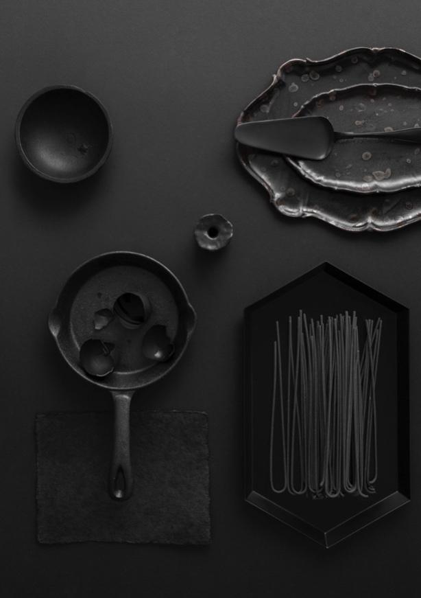 Black-Noir-1