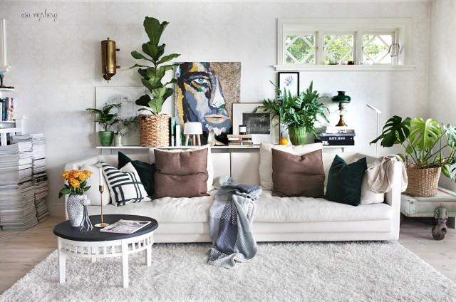 DIY-avlastningshylla-bakom-soffa