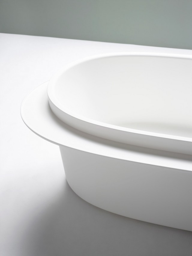 sebastian-herkner-for-ext-plateau-collection_dezeen_936_1