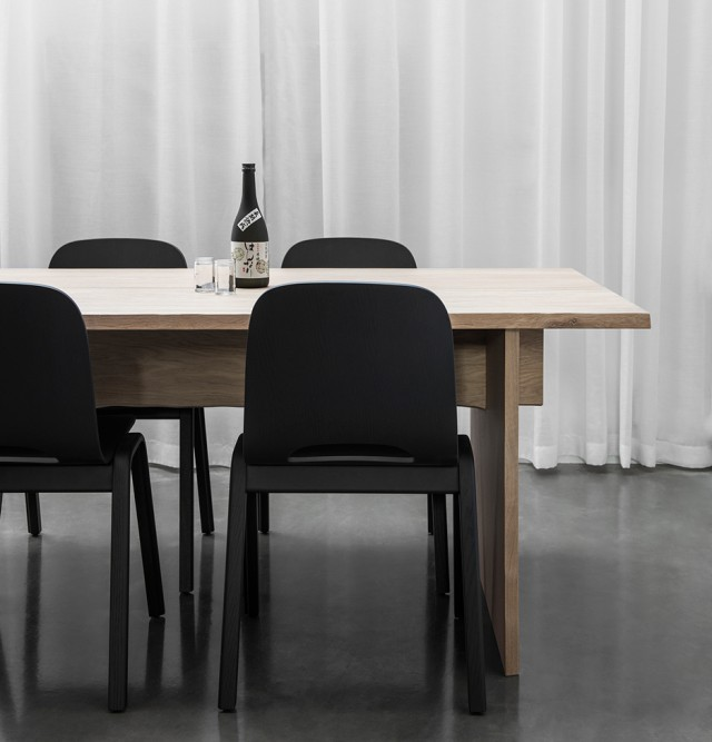 hem-bookmatch-table-philippe-malouin-milan-design-week-dezeen-936-01