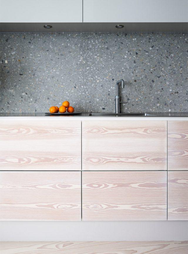 kroyers-plads-apartment-studio-david-thulstrup-interior-architecture-copenhagen-denmark-avoid-scandinavian-furniture-modern-_dezeen_936_12