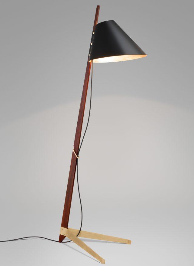 Billy-BL-Floor-Lamp-Ilse-Crawford-product-design-lighting_dezeen_3408_3