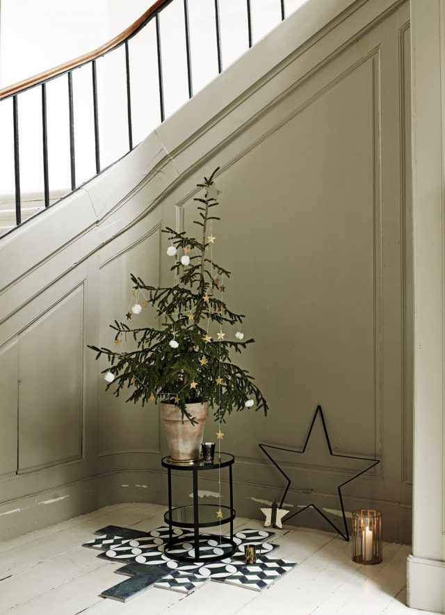 christmas-tree_low
