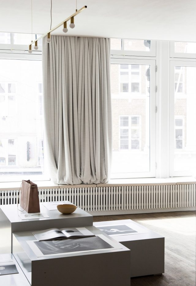 kinfolk-office_norm_architects_interiors_gallery_copenhagen_dezeen_2364_col_5