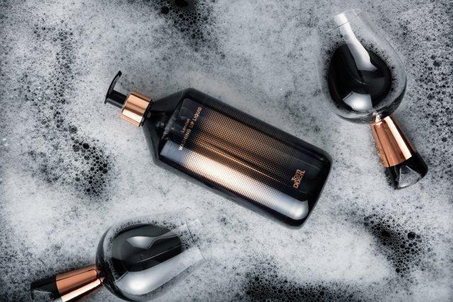 washing-tom-dixon-soap-costmetic-design-products_dezeen_2364_col_2