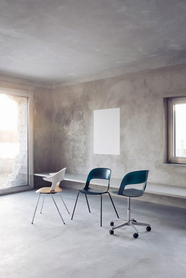 benjamin-hubert-pair-chair-fritz-hansen-_dezeen_2364_col_6